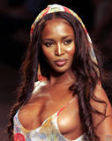Naomi Campbell She's supposed to be a huge fan of Brazil and doesn't miss Carnaval. Last year she admitted her desire to parade... Here she is: Foto 188 (����� ������� ��� ������ ���� ������� ��������� �������� � �� ���������� ��������.  ���� 188)